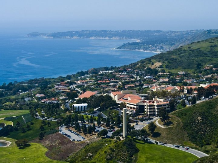 5 Amazing College Campuses on the Beach