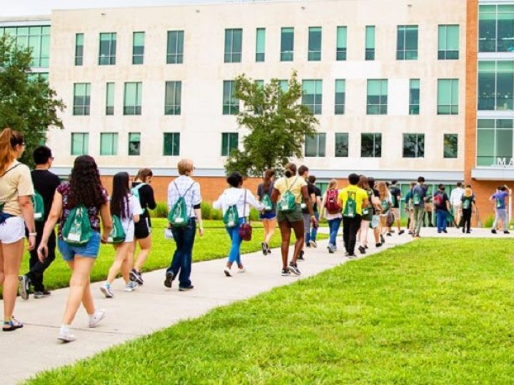 How to Get Fit on Your College Campus