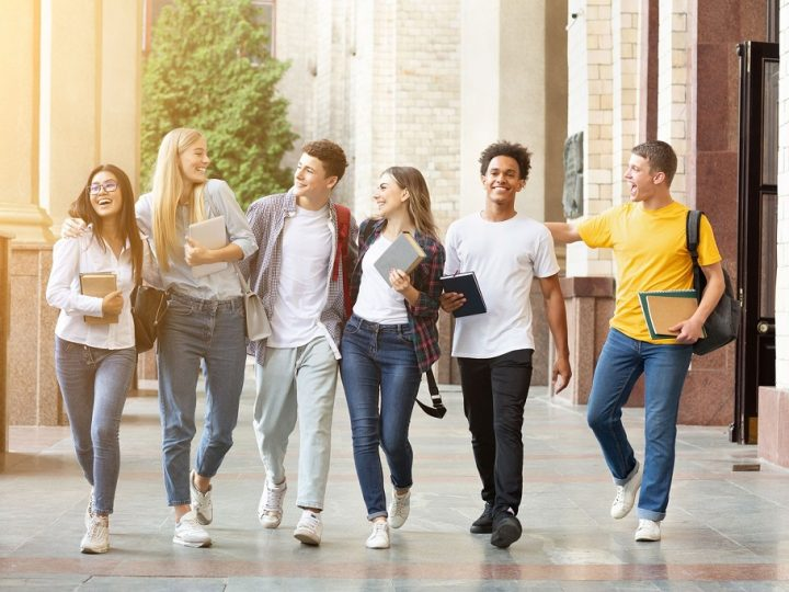 7 tips for making friends on your campus
